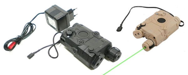 Battle Axe PEQ 15 Black /w green laser charger